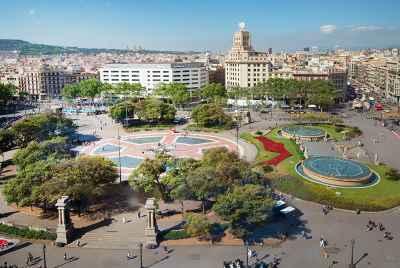 Большой центральный отель в Барселоне